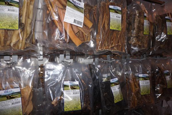 100% naturlige og tørrede snacks til ALLE hunde - og så er det ikke engang dyrt
